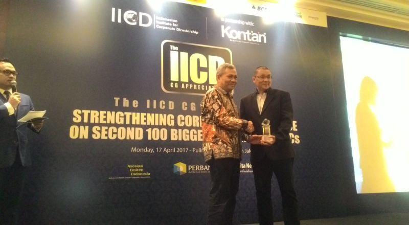 https img okeinfo net content 2017 04 17 278 1669894 mnc kapital raih penghargaan best role of stakeholder dari iicd 8KfUOPWL1s jpg