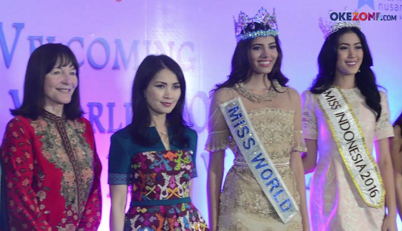 https: img.okeinfo.net content 2017 04 21 194 1673777 miss-indonesia-2017-liliana-tanoesoedijo-sambut-kedatangan-miss-world-2016-dan-ceo-miss-world-F6X4ODCOOe.png