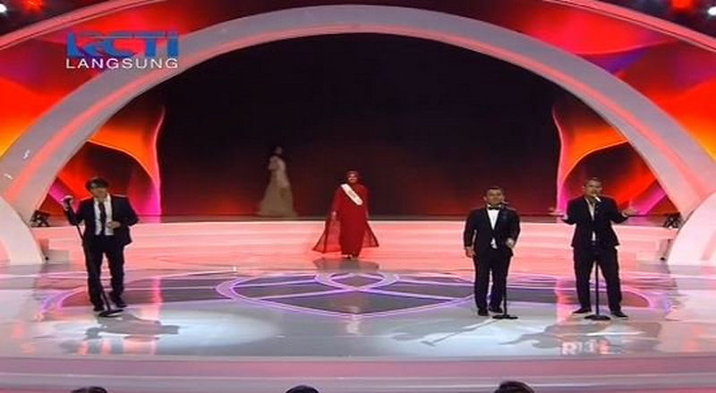https: img.okeinfo.net content 2017 04 22 598 1674413 miss-indonesia-2017-armand-maulana-judika-dan-angga-semarakkan-malam-final-7gsv4mFbU6.jpg