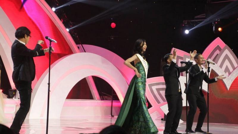 https: img.okeinfo.net content 2017 04 22 598 1674431 miss-indonesia-2017-ketika-3-divo-iringi-penampilan-finalis-abIDeHLXi1.jpg