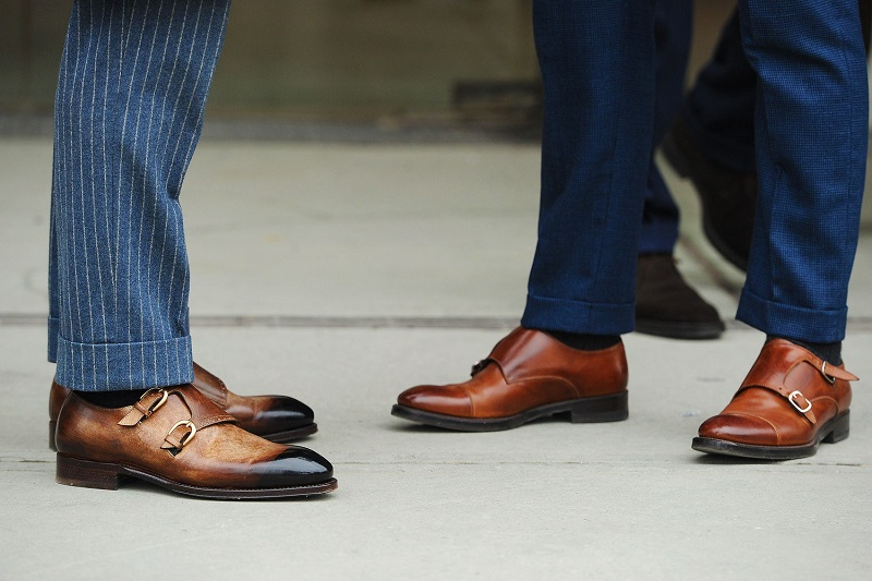 https: img.okeinfo.net content 2017 05 04 194 1683087 nih-deretan-selebriti-hollywood-pria-yang-punya-sepatu-termahal-di-dunia-HxBJQcOUOo.jpg