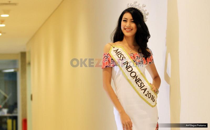 https: img.okeinfo.net content 2017 05 05 33 1684421 ini-kesibukan-baru-natasha-mannuela-setelah-menjadi-miss-indonesia-2016-GNSZfETyXm.jpg