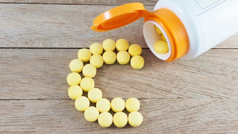 https: img.okeinfo.net content 2017 05 17 481 1693139 pentingnya-minum-suplemen-vitamin-c-selama-puasa-KtajdzS1Yt.jpg