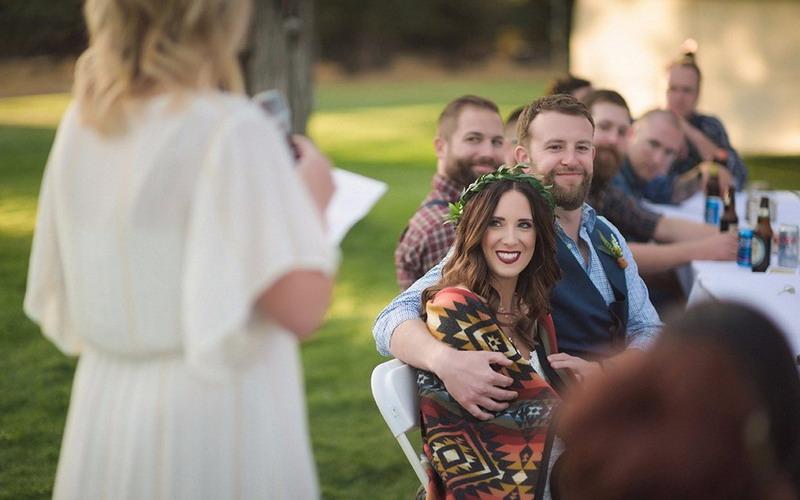 https img.okeinfo.net content 2017 05 18 196 1694093 duh tamu ngedumel di pesta pernikahan anda apa ya sebabnya O8nKzCcSUS.jpg