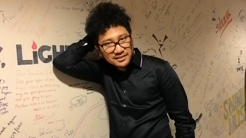 https: img.okeinfo.net content 2017 06 15 205 1716990 gagal-di-indonesian-idol-5-artis-ini-meledak-di-tanah-air-he5XbWTOJ0.jpg
