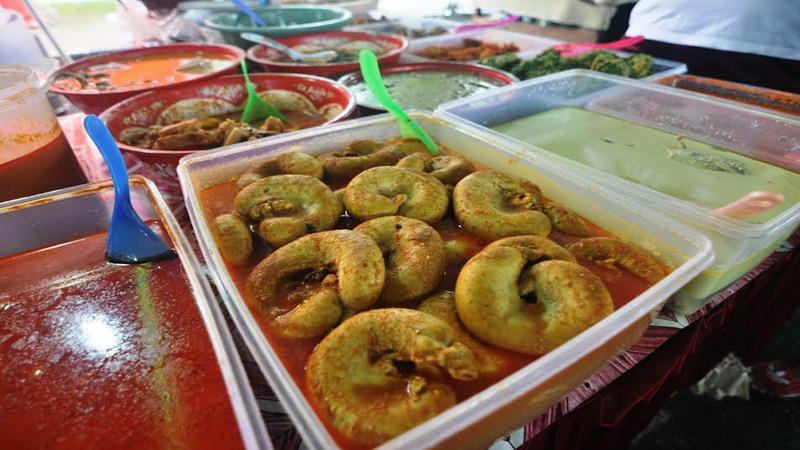 https: img.okeinfo.net content 2017 06 19 298 1719761 gulai-tambusu-sosis-besar-khas-sumatera-barat-yang-menggoda-selera-l7dcANTlsl.jpg