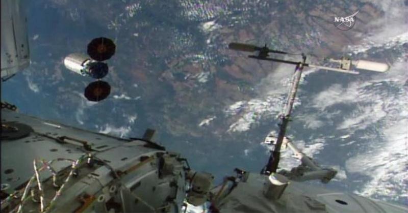 https: img.okeinfo.net content 2017 06 21 56 1722116 top-techno-kehidupan-asing-di-luar-bumi-dalam-penjelasan-alquran-dan-sains-EFDnbvmRaK.jpg