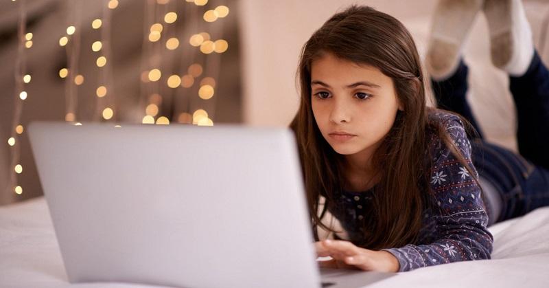 https: img.okeinfo.net content 2017 06 23 326 1723624 sebagian-anak-muda-di-bully-saat-bermain-game-online-Q717N2srHM.jpg