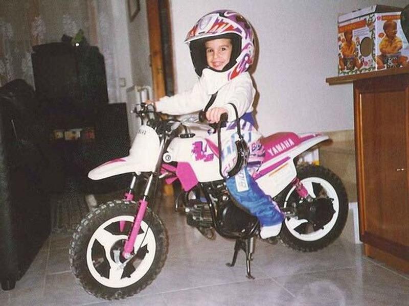 https: img.okeinfo.net content 2017 07 12 38 1734302 bercita-cita-jadi-pembalap-motocross-marc-marquez-justru-sukses-di-motogp-k3g7HPS1yf.jpg