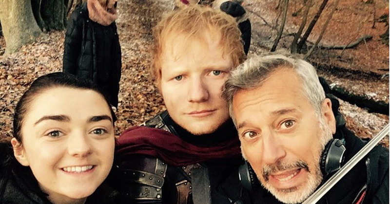 https img.okeinfo.net content 2017 07 17 33 1738317 foto ed sheeran pamer pose jadi cameo game of thrones season 7 euNAQYXswr.jpg
