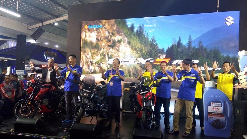 https: img.okeinfo.net content 2017 07 22 15 1742155 suzuki-jual-1-408-sepeda-motor-selama-jakarta-fair-kemayoran-itG9kgaHbJ.jpg