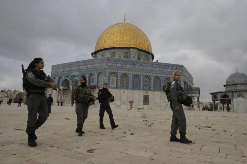 https: img.okeinfo.net content 2017 07 28 18 1745338 56-jamaah-luka-luka-dihadang-pasukan-israel-di-masjid-al-aqsa-GHLytjDPPQ.jpg
