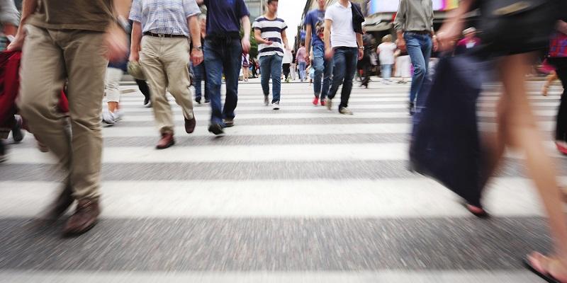 https://img.okeinfo.net/content/2017/07/29/406/1746199/daftar-negara-yang-masyarakatnya-hobi-jalan-kaki-sampai-yang-paling-malas-jalan-cpMFwkLIo3.jpg