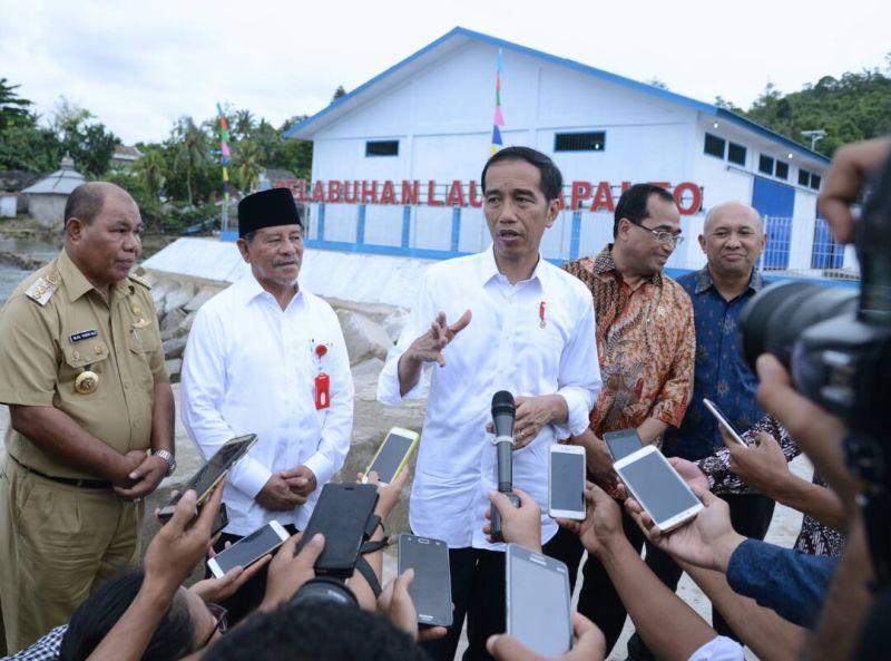 https: img.okeinfo.net content 2017 08 02 337 1748779 indonesia-sentris-mengupas-lebih-dalam-visi-pembangunan-presiden-jokowi-eW5uy6Dkq2.jpg