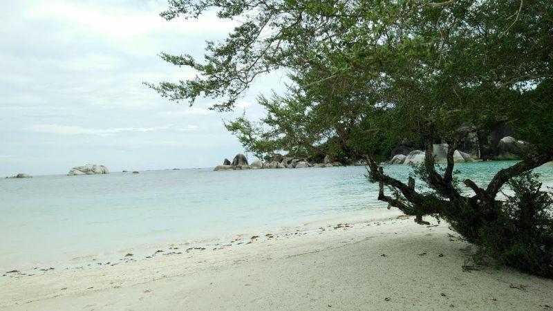Tanjung Tinggi Wisata Favorit Di Belitung Yang Wajib