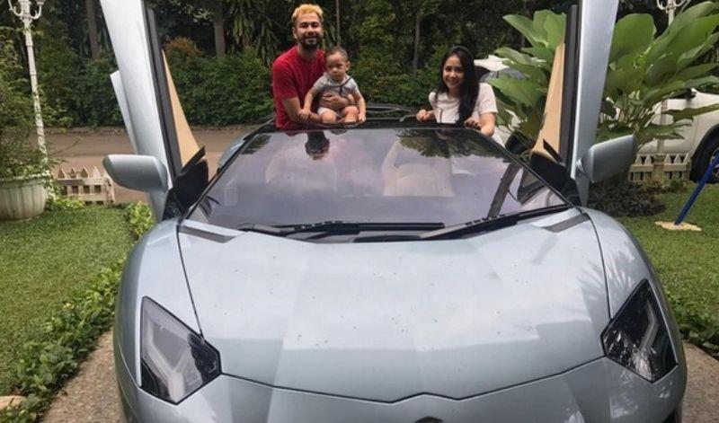 Heboh Mobil Baru Raffi Ahmad Yang Harganya Rp67 Miliar Ternyata Hanya Titipan Okezone Celebrity