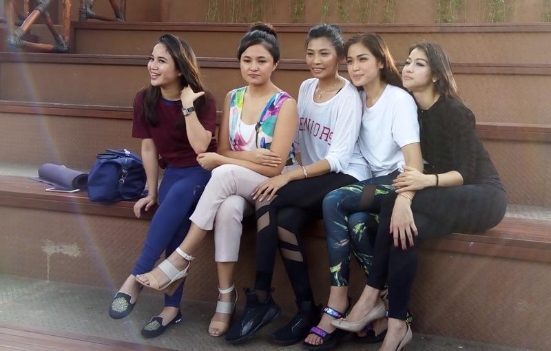 https: img.okeinfo.net content 2017 08 07 33 1751016 nama-girls-squad-tenar-jessica-iskandar-cs-akui-pegang-tanggung-jawab-besar-VMZr8T1XL7.jpg