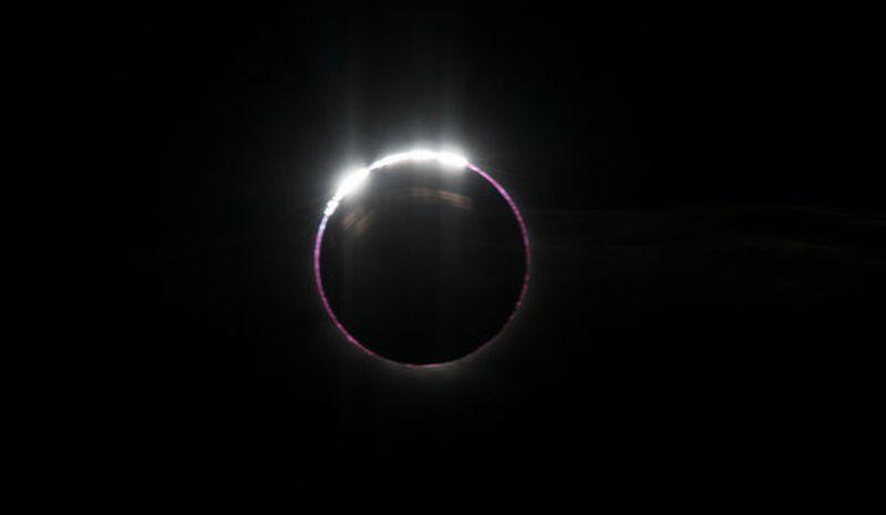 https: img.okeinfo.net content 2017 08 09 56 1752826 indahnya-nih-penampakan-berbagai-gerhana-bulan-yang-terjadi-di-bumi-apn5EZU2K6.jpg