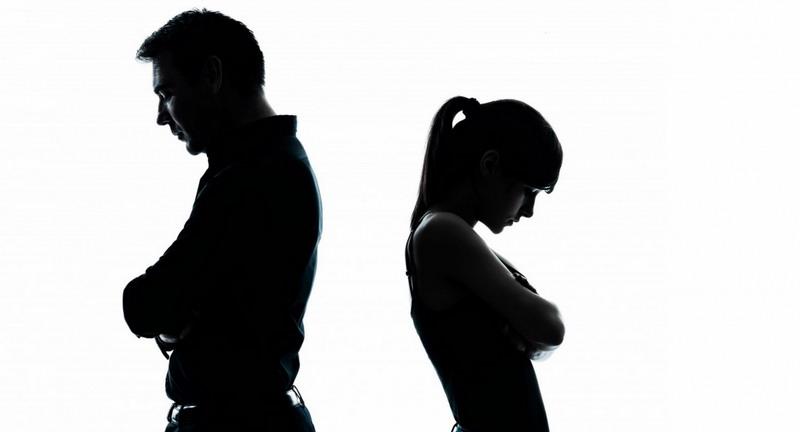 https img.okeinfo.net content 2017 08 21 196 1759794 tidak mudah bagaimana pria bertahan menghadapi perceraian DrvHHMQPnE.jpg
