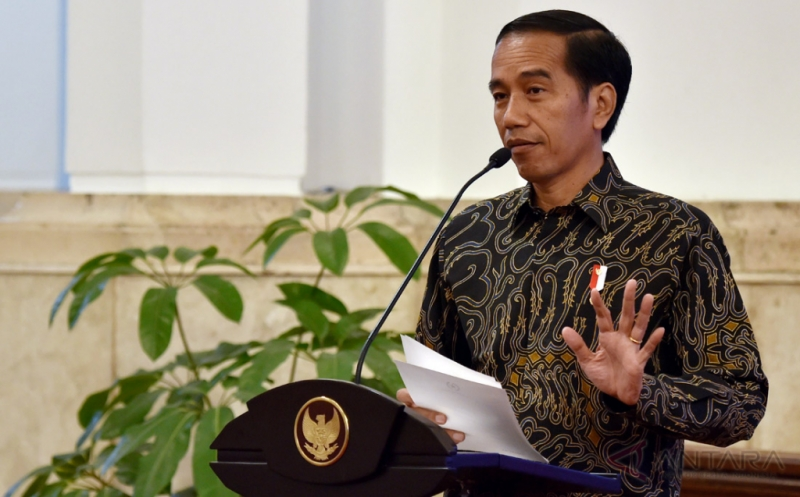 https: img.okeinfo.net content 2017 08 25 65 1762883 mantap-presiden-jokowi-temui-16-perwakilan-ptn-dan-pts-seluruh-indonesia-di-istana-hiHXyuBIX7.jpg