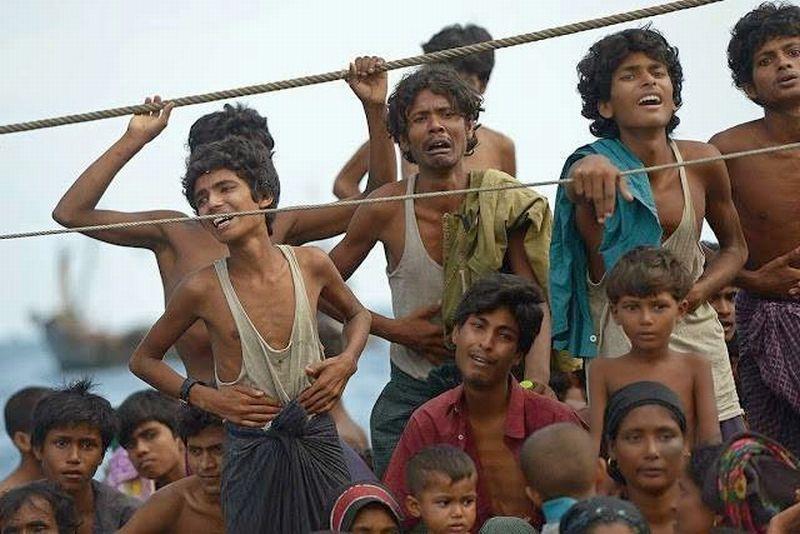 https: img.okeinfo.net content 2017 09 04 337 1769147 koruptor-tak-makan-uang-rakyat-1-000-musilm-rohingya-dibantai-dan-messi-tendang-ozil-XE2wBXX2Fr.jpg