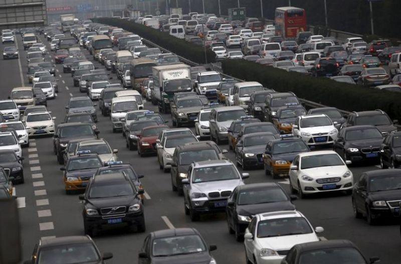 https: img.okeinfo.net content 2017 09 11 15 1773352 ikuti-tren-china-cari-waktu-yang-tepat-untuk-hentikan-penjualan-mobil-bensin-diesel-9OYBEct3sa.jpg