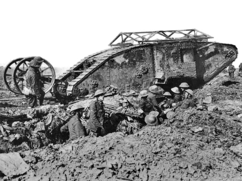HISTORIPEDIA: Obrak-abrik Musuh di Somme, Ini Pertama