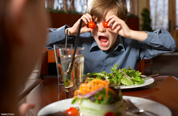https img.okeinfo.net content 2017 09 14 298 1775588 waduh dengan alasan ini banyak restoran di amerika melarang orangtua membawa anak dibawah usia 7 tahun oNLWyFtXTw.jpg