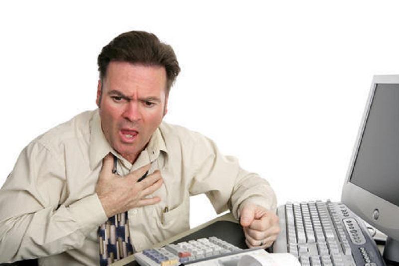 https img.okeinfo.net content 2017 09 14 481 1775839 waspadai gejala serangan jantung yang sering dikira angin duduk sesak napas dan nyeri di ulu hati b6dAtH1SIG.jpeg