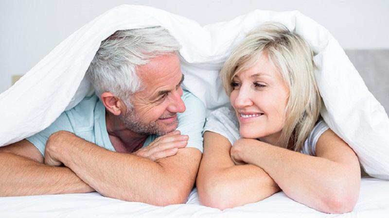 https: img.okeinfo.net content 2017 09 14 481 1776147 wanita-menopause-keluhkan-miss-v-kering-saat-bercinta-alihkan-dengan-cara-seru-ini-7fh1oQtSP6.jpg
