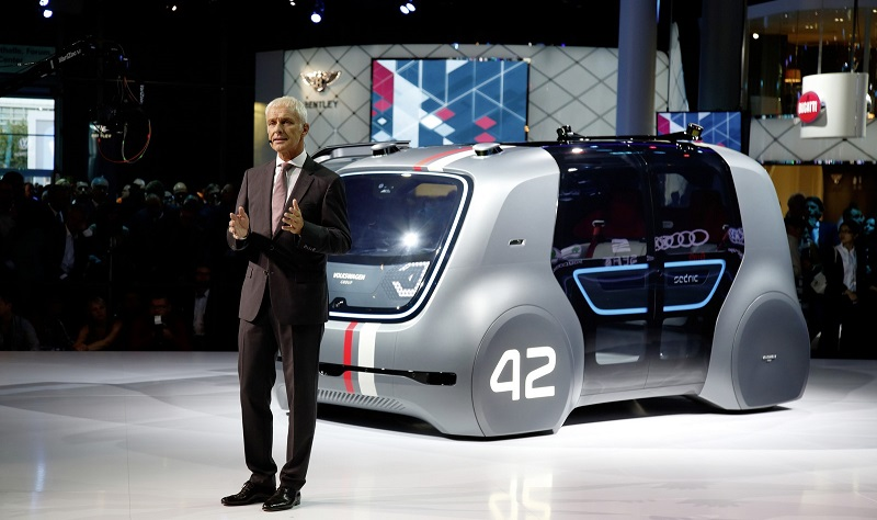 https: img.okeinfo.net content 2017 09 17 15 1777626 10-mobil-futuristik-di-frankfurt-ada-yang-bisa-nyetir-sendiri-2-JYXLttR1bY.jpg