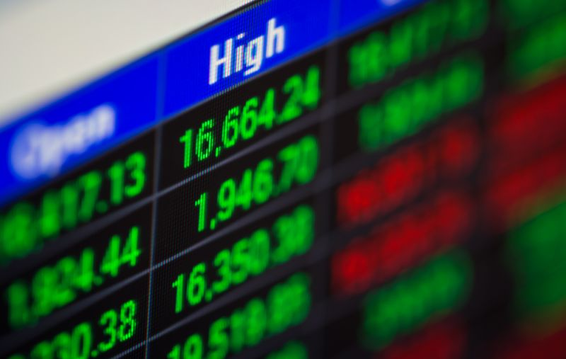 Riset Saham First Asia Capital: Surplus Neraca Perdagangan