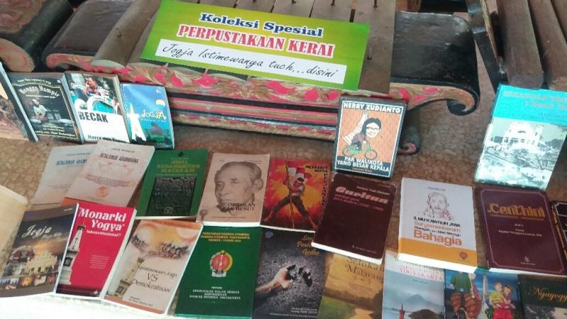 https: img.okeinfo.net content 2017 09 20 406 1780038 yeay-candi-prambanan-kini-hadirkan-taman-bacaan-buku-buku-sejarah-yNT2rdtDkW.jpg