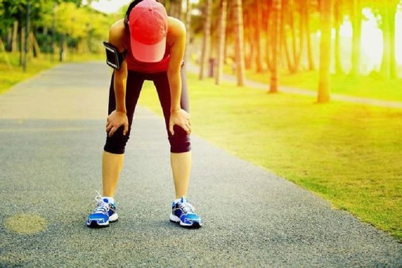 https: img.okeinfo.net content 2017 09 26 481 1783069 awas-tak-cuma-makanan-olahraga-juga-bisa-sebabkan-alergi-HZhfxTb001.jpg