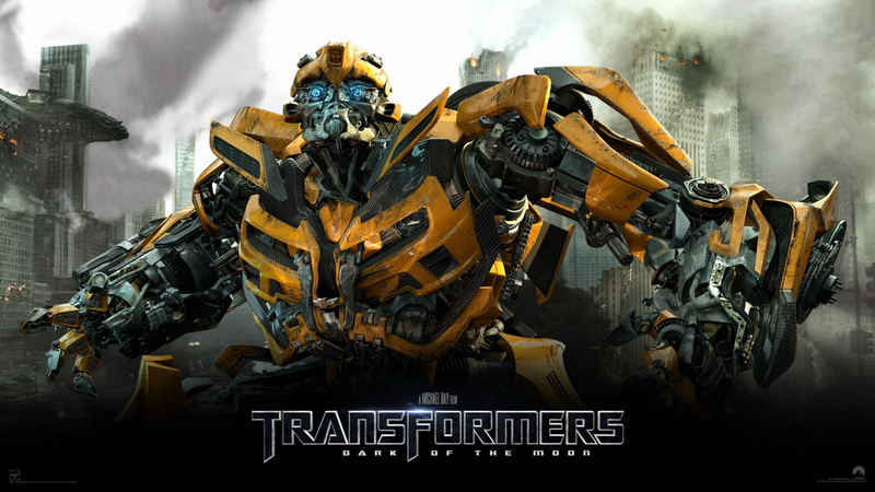 https: img.okeinfo.net content 2017 10 05 206 1789022 peter-cullen-bintangi-film-bumblebee-optimus-prime-ikutan-hadir-AbYUNLHIuO.jpg