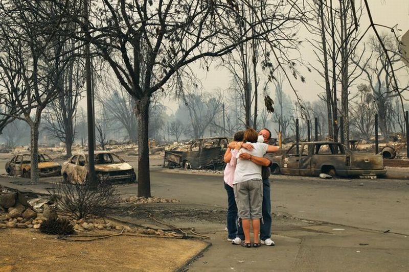 https: img.okeinfo.net content 2017 10 11 18 1793280 korban-terus-bertambah-kebakaran-di-california-tewaskan-17-orang-Wmr7L1Er5K.jpg