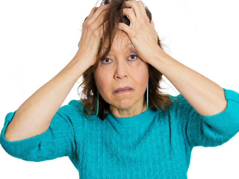 https: img.okeinfo.net content 2017 10 12 481 1794280 hati-hati-jalani-gaya-hidup-tak-sehat-wanita-menopause-rentan-menderita-alzheimer-59vRyFTfjk.jpg