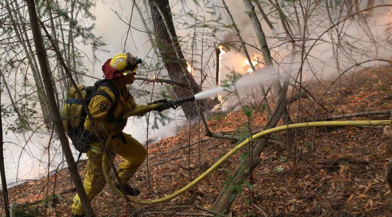 https: img.okeinfo.net content 2017 10 13 18 1794543 ya-ampun-kebakaran-dahsyat-landa-california-31-tewas-dan-400-hilang-GZDU2zSZIc.jpg