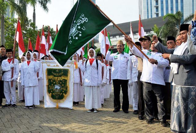 Keliling Pesantren Pwnu Dki Jakarta Gelar Kirab Santri
