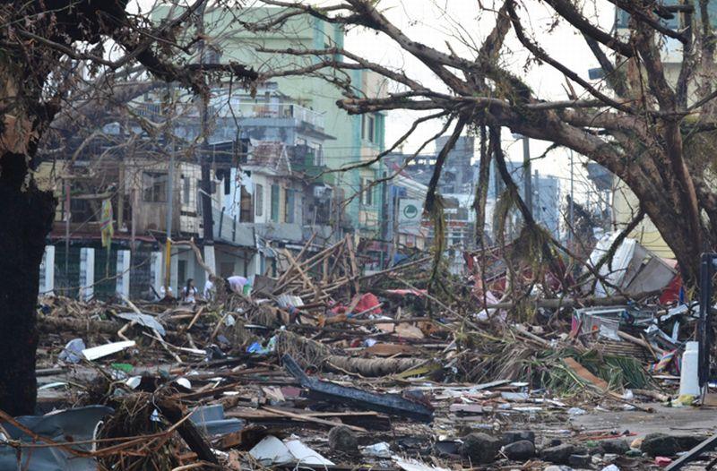 https: img.okeinfo.net content 2017 11 04 18 1808560 historipedia-pembalakan-liar-sebabkan-banjir-bandang-dan-tanah-longsor-di-filipina-hampir-3-000-orang-tewas-CsutdB0fLV.jpg