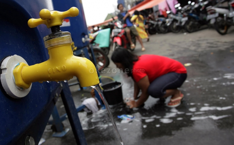 https: img.okeinfo.net content 2017 11 09 340 1811212 tolong-18-kecamatan-di-kabupaten-kupang-krisis-air-bersih-0bTvYMUraA.jpg