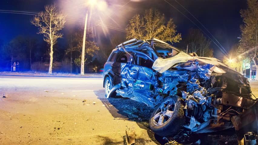 https: img.okeinfo.net content 2017 11 14 15 1814036 ngeri-14-mobil-rusak-akibat-kecelakaan-beruntun-di-jerman-hJLm6n0sqO.jpg