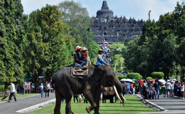 https: img.okeinfo.net content 2017 11 14 406 1814049 keren-indonesia-rangking-tiga-besar-wisatawan-digital-dunia-laDInOBJsM.jpg