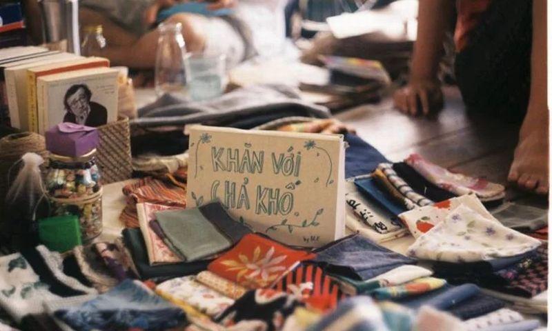https: img.okeinfo.net content 2017 11 15 18 1814599 pasar-di-vietnam-ini-khusus-menjual-barang-peninggalan-mantan-mau-ikutan-YRpFR2IztL.jpg