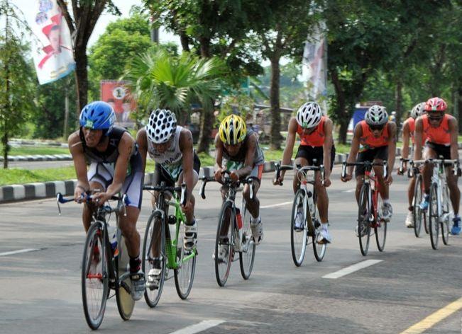 https: img.okeinfo.net content 2017 11 15 43 1814232 jelang-porprov-sumatera-selatan-2017-28-atlet-sepeda-ambil-bagian-j3ALwhQsH4.jpg