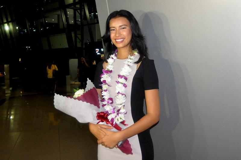 https: img.okeinfo.net content 2017 11 20 196 1816922 achintya-nilsen-ceritakan-indahnya-indonesia-pada-kontestan-miss-world-2017-gwyyeVbbH1.jpg