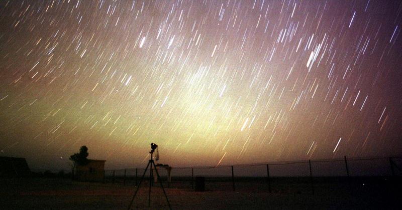 https: img.okeinfo.net content 2017 11 20 56 1817193 wow-penampakan-meteor-leonid-terlihat-hingga-awal-desember-I3BXCwLMXh.jpg