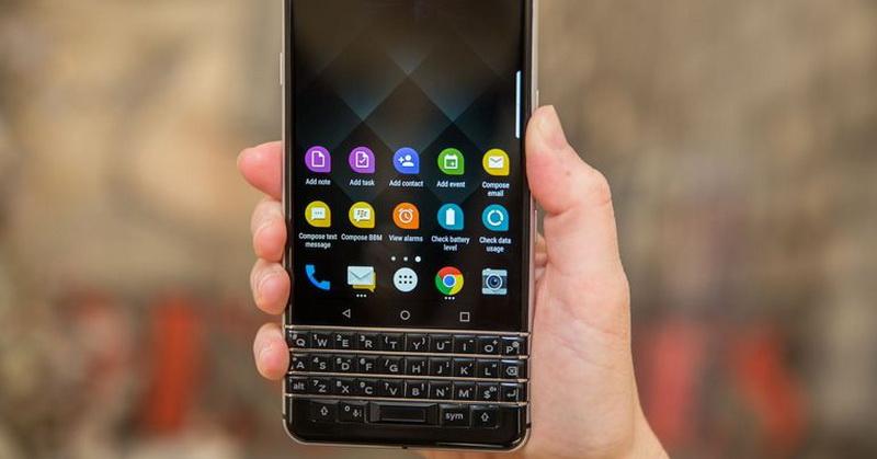 https: img.okeinfo.net content 2017 11 23 57 1819239 blackberry-keyone-resmi-rilis-di-indonesia-nih-spesifikasinya-rAf2JRR1Ww.jpg