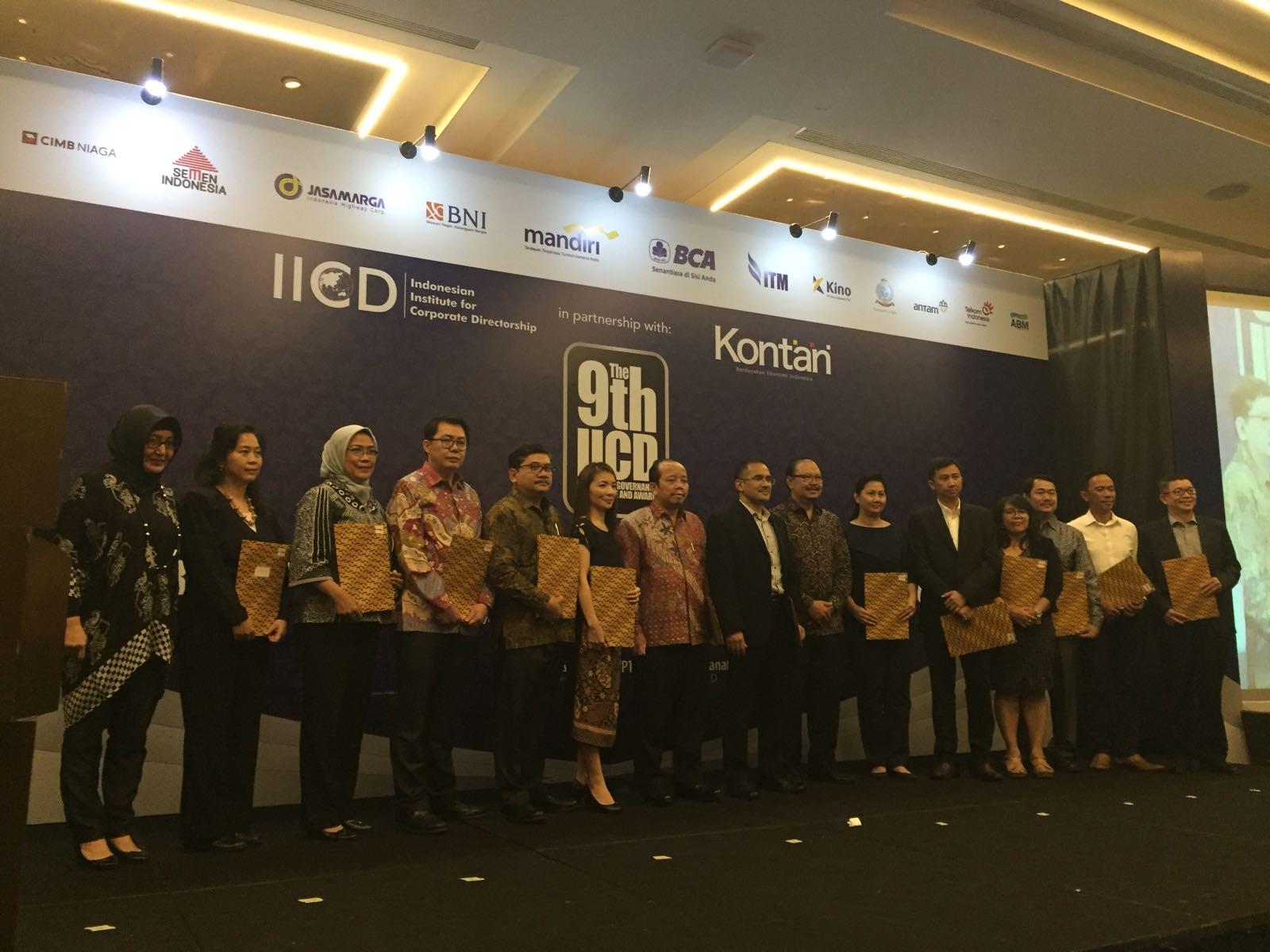 https: img.okeinfo.net content 2017 11 27 278 1821582 mnc-kapital-raih-2-penghargaan-dalam-acara-iicd-award-2017-xoEpkNwZWg.jpg