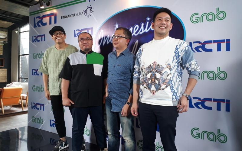 https: img.okeinfo.net content 2017 11 30 598 1823323 tak-cuma-pelanggan-mitra-pengemudi-grab-indonesia-berkesempatan-jadi-peserta-audisi-indonesian-idol-2017-m9AiIXEmLN.jpg